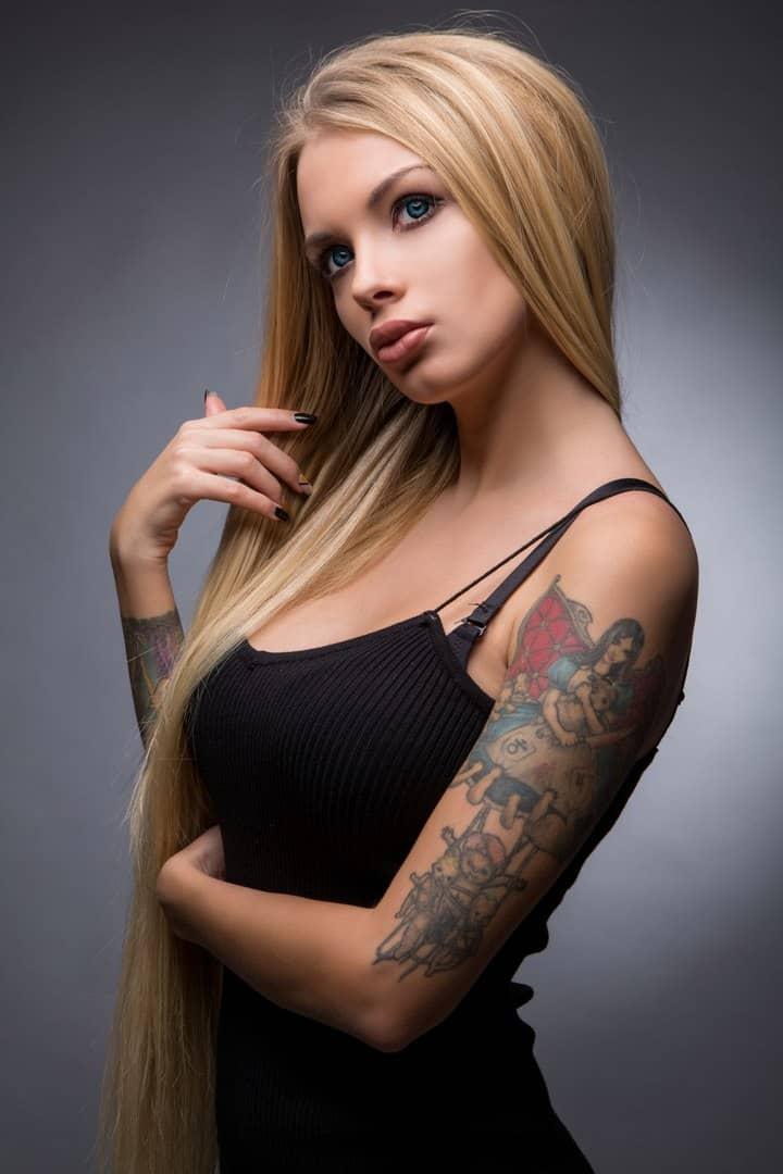 ищу работу девушка модель в санкт петербурге